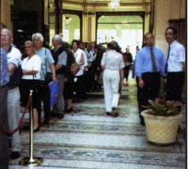 Collectors queue to meet Stuart Devlin outside the Downies Melbourne store, 2000.
